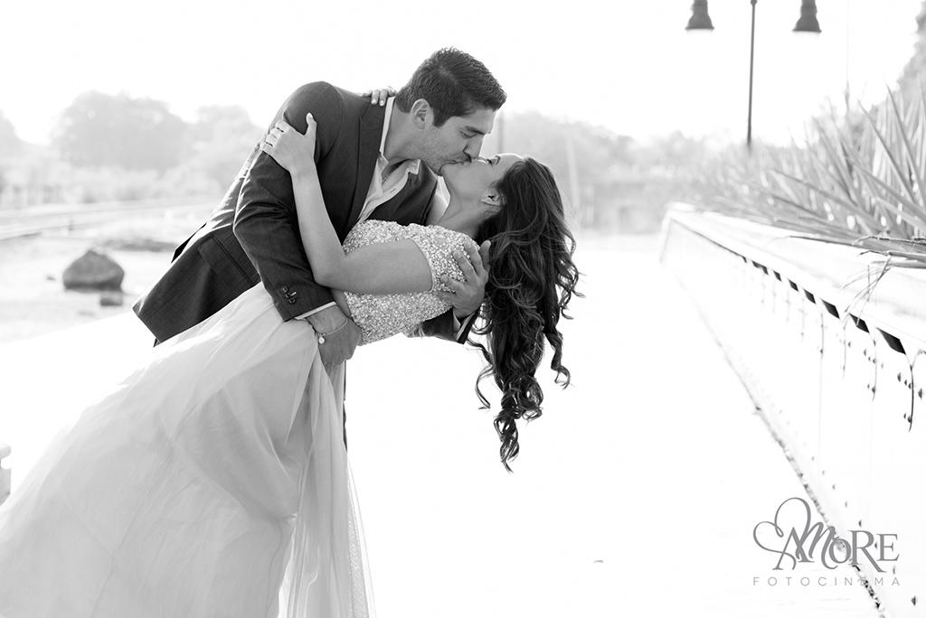 Fotos bonitas de novios en su boda en Tala