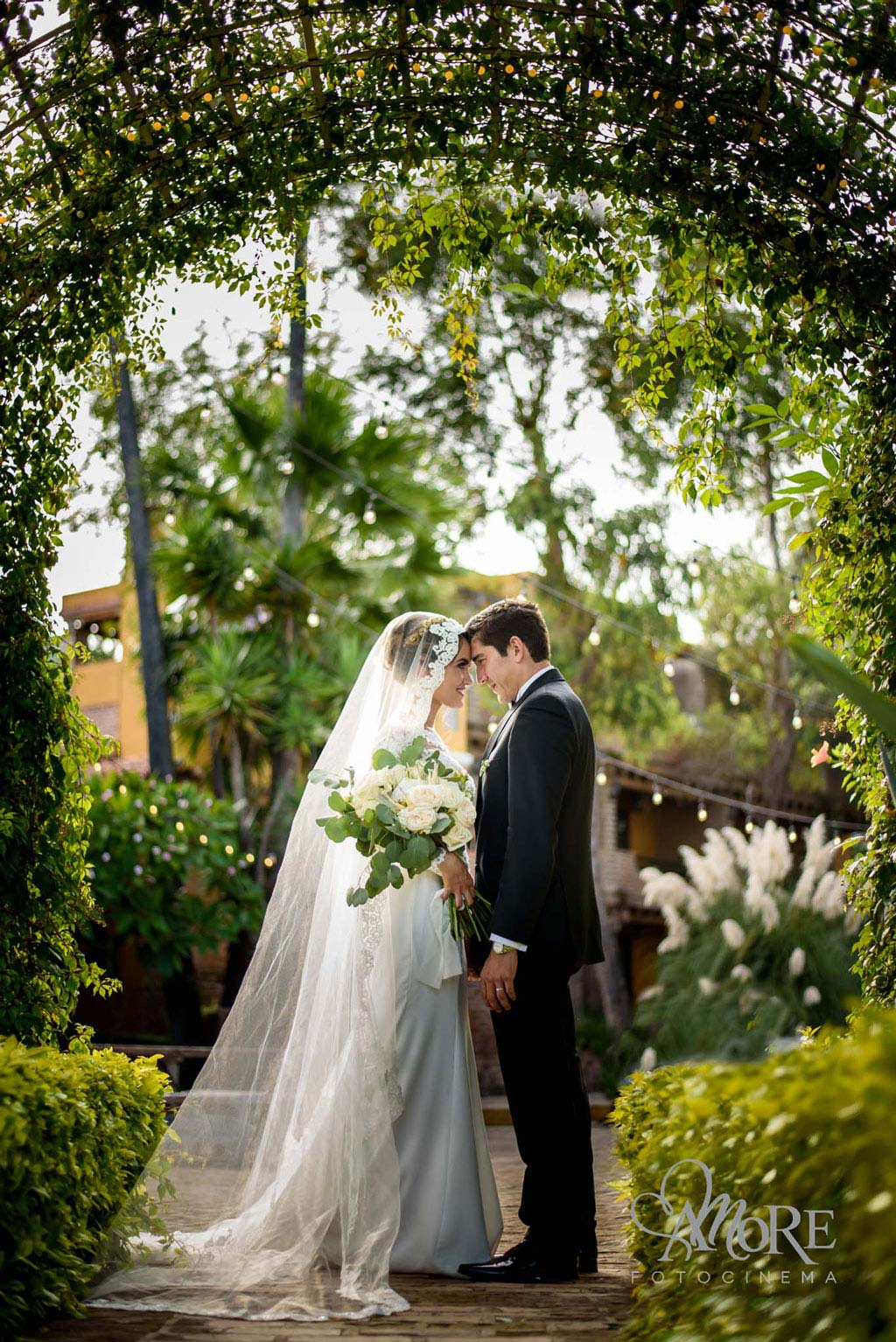 Fotografia de bodas en la Barca Jal