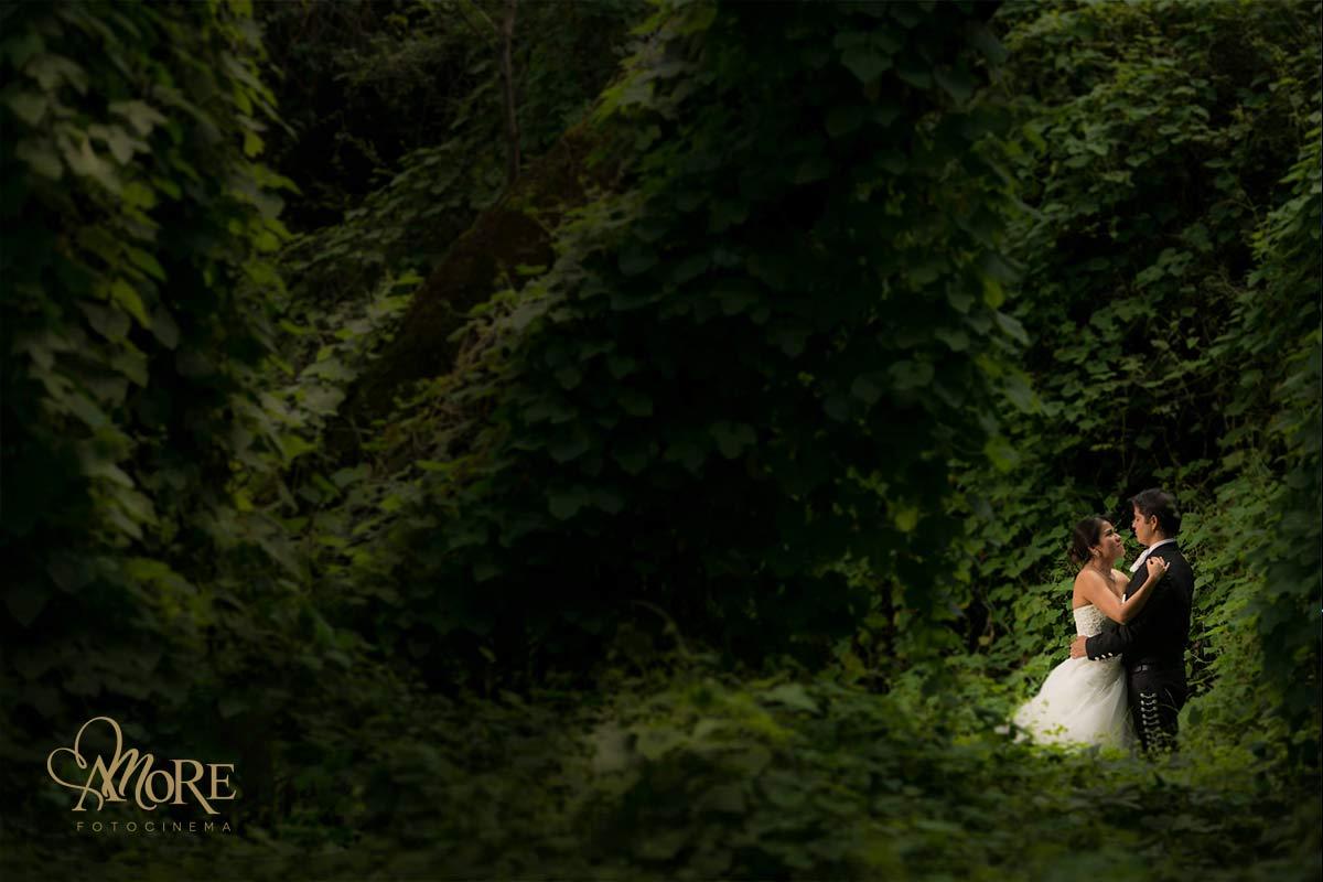 fotos de los novios en la boda