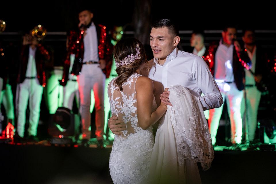 Paquetes-de-fotografia-y-video-para-bodas-en-zapotlanejo-jal