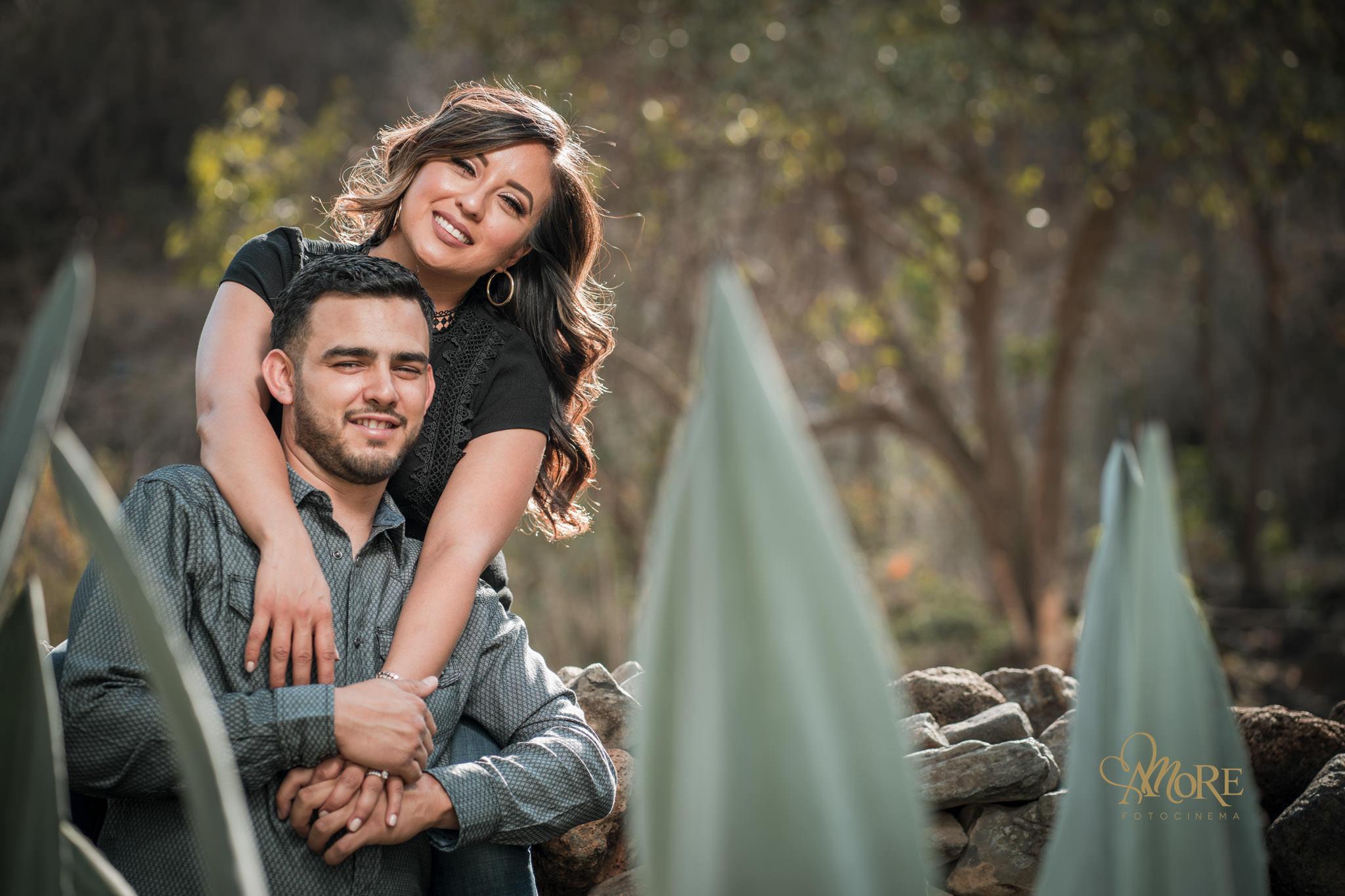 Fotos romanticas para una sesion preboda casual informal
